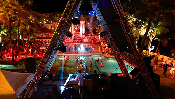 bacardi-triangle-pools