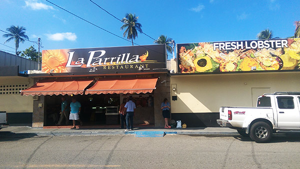 luquillo-kiosks-la-parrilla
